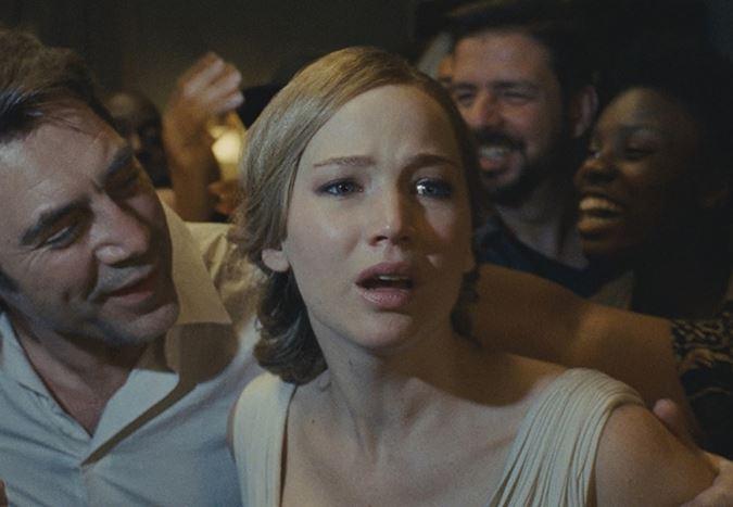 Darren Aronofsky'nin merakla beklenen filmi anne! alkışlar ve yuhalamalarla karşılandı!