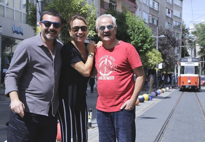 Demet Akbağ ve Zafer Algöz, Murat Şeker'in yeni filmi Görevimiz Tatil'de yer alacak