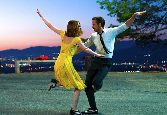 Emma Stone ve Ryan Gosling'in başrollerinde yer aldığı La La Land'ten fragman!