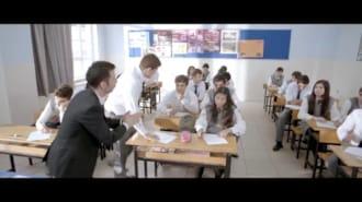 Çılgın Kolej Filmi Fragman