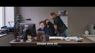 Paramparça Filmi Fragman (Türkçe Altyazılı)
